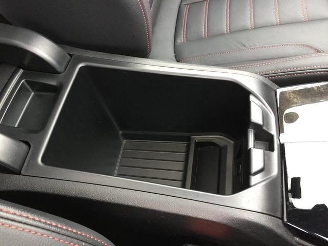 xDrive 30i Mスポーツ ブラックレザーシート シートヒーター ハーマンカードンスピーカー 電動ガラスサンルーフ ヘッドアップディスプレイ ディスプレイキー 衝突軽減ブレーキ 全周囲カメラ 前後PDC フルセグTV(53枚目)