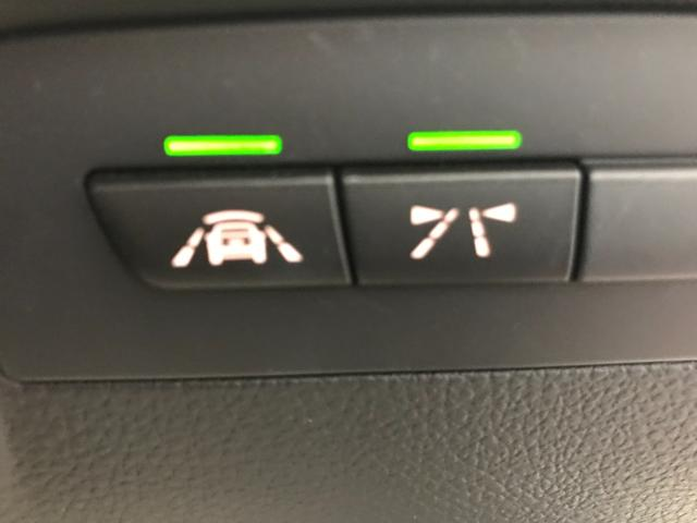 320d ワンオーナー LEDヘッドライト バックカメラ(PDC機能付き) ETC車載器 リアウインドウフィルム施工済み コンフォートアクセス アクティブクルーズコントロール メモリー機能付きパワーシート(21枚目)