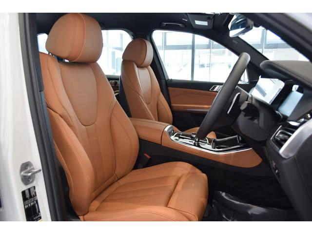 xDrive 45e Mスポーツ コニャックレザーシート 4席シートヒーター ジェスチャーコントロール ハーマンカードンサラウンドシステム 21インチアルミホイール クリスタルシフト 全周囲カメラ LEDヘッドライト Mブレーキ(12枚目)