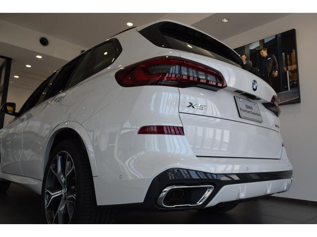 xDrive 45e Mスポーツ コニャックレザーシート 4席シートヒーター ジェスチャーコントロール ハーマンカードンサラウンドシステム 21インチアルミホイール クリスタルシフト 全周囲カメラ LEDヘッドライト Mブレーキ(69枚目)