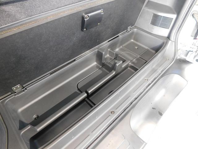 ZR 3ドアショートボディ4WD HDDナビ ETC(14枚目)