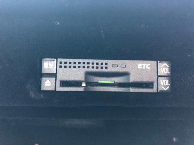 GS350 バージョンI HDDナビ・CD/Mサーバー/ETC・Bモニ・HID・Rフィルム・禁煙車・本革シート・スピンドルエアロ・前席パワーシート・TEIN車高調・19AW・社外ヘッドライト&テール(69枚目)