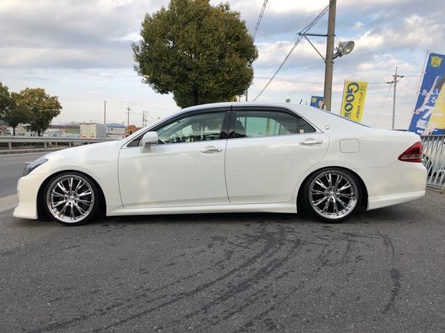 トヨタ クラウン 3.5アスリートGパッケージ黒革シートサンルーフGoo鑑定