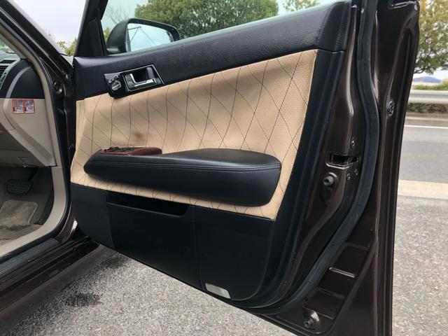 250G HDDナビ・WORKエモーション18AW・フルタップ車高調・専用シートカバー・ルーフブラック・HDDナビ・CD/DVD/Bトゥース/フルセグ・加工ヘッドライト・社外ファイバーテール・ETC・HID(70枚目)