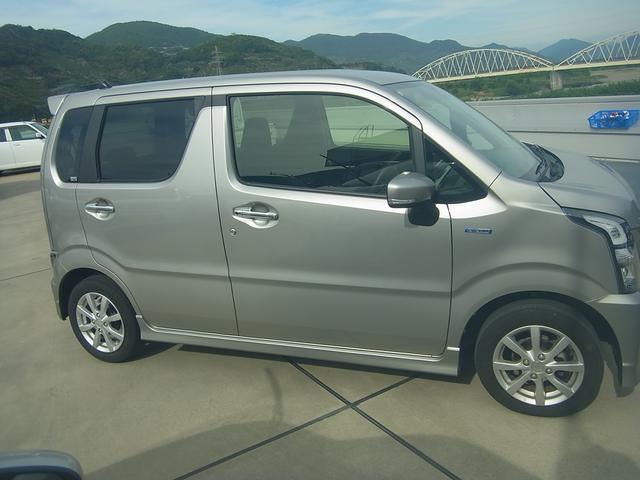 「スズキ」「ワゴンRスティングレー」「コンパクトカー」「和歌山県」の中古車4