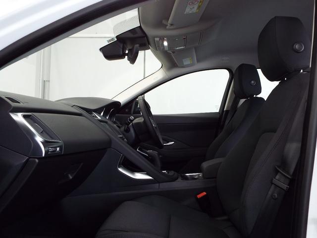 ベースグレード 180PS 認定中古車保証付(10枚目)