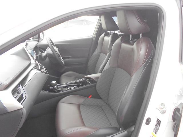 「トヨタ」「C-HR」「SUV・クロカン」「奈良県」の中古車15