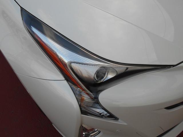 「トヨタ」「プリウス」「セダン」「奈良県」の中古車4