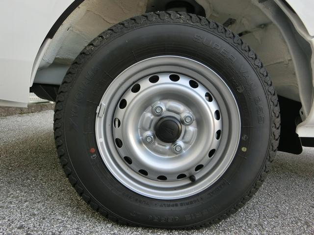 145R12/6Pタイヤです!