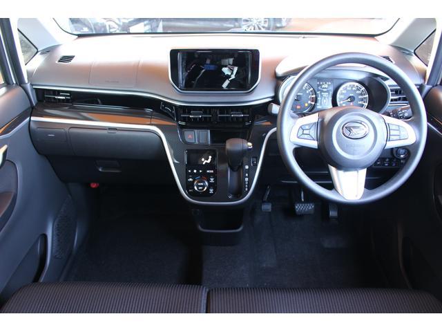 カスタム XリミテッドII SAIII パノラマモニター対応 LEDヘッドライト 運転席シートヒーター(3枚目)