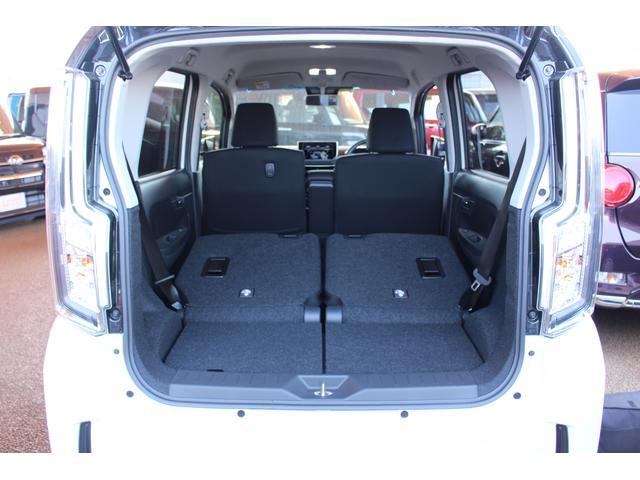 カスタム XリミテッドII SAIII パノラマモニター対応 LEDヘッドライト 運転席シートヒーター(9枚目)