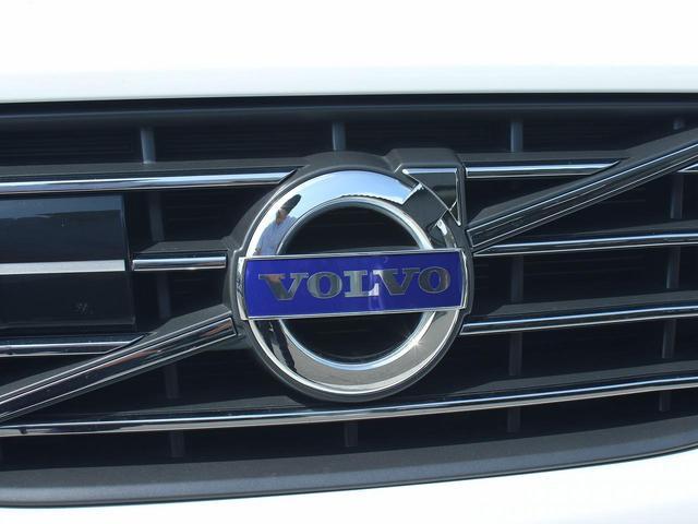 「ボルボ」「ボルボ XC60」「SUV・クロカン」「大阪府」の中古車13