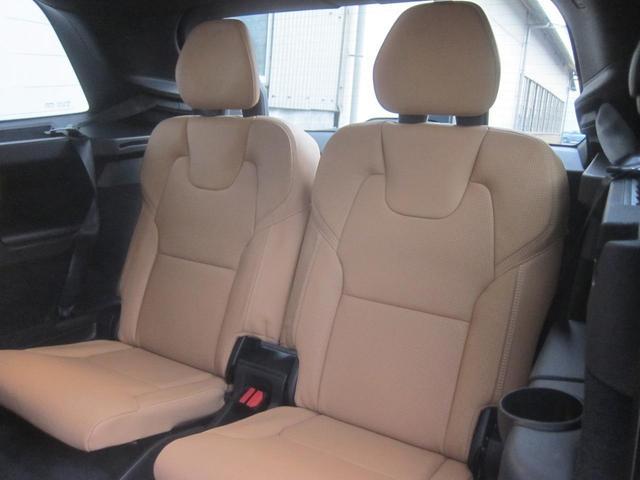 「ボルボ」「ボルボ XC90」「SUV・クロカン」「大阪府」の中古車21