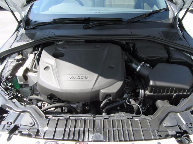 ボルボ ボルボ S60 D4 ダイナミックエディション 弊社試乗車 インテリセーフ