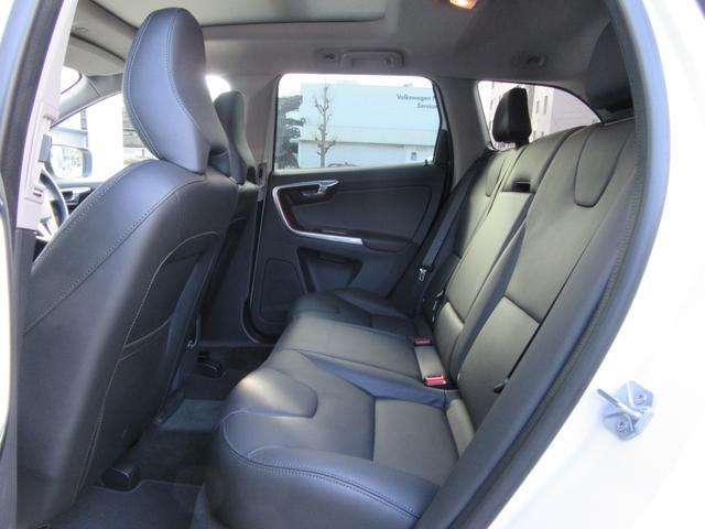 ボルボ ボルボ XC60 T5 AWD クラシック 弊社1オーナー インテリセーフ