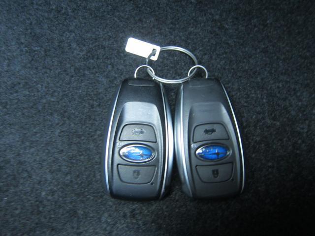 便利なスマートキー。キーは鞄やポケットに入れたまま、キー操作が可能です。