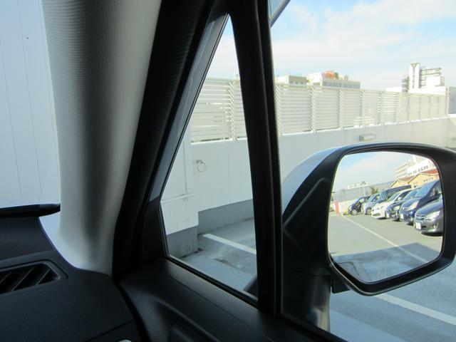 安全性能に強いこだわりを持つスバル車は、スポーティな外観デザインながらピラー(柱)形状やドアミラーの位置を工夫し、全方位での死角を低減しています。優れた視界性能が安全運転につながります。