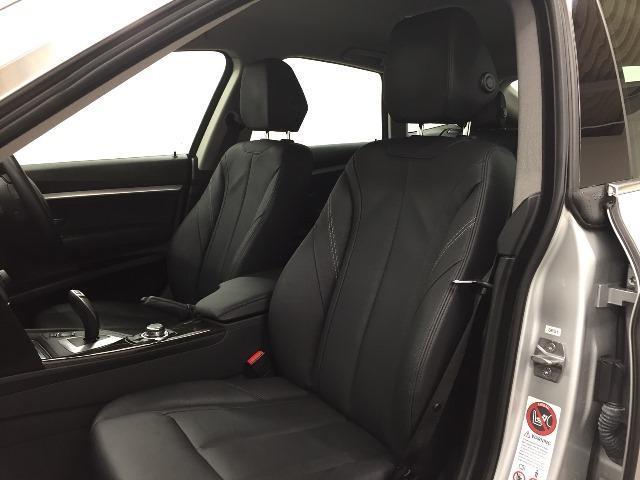 BMW BMW 320iグランツーリスモ ラグジュアリー黒革1オーナHDD