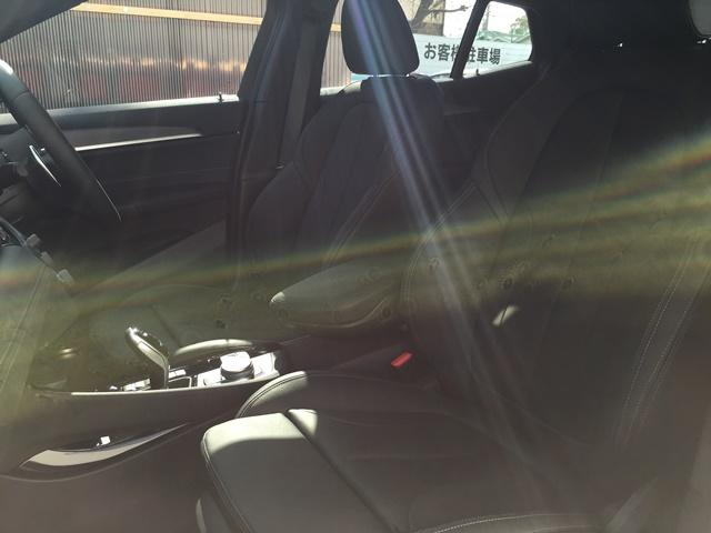 sDrive 18i MスポーツX登録済未使用車ACCLED(11枚目)