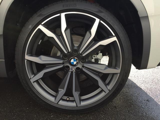 sDrive 18i MスポーツX登録済未使用車ACCLED(19枚目)