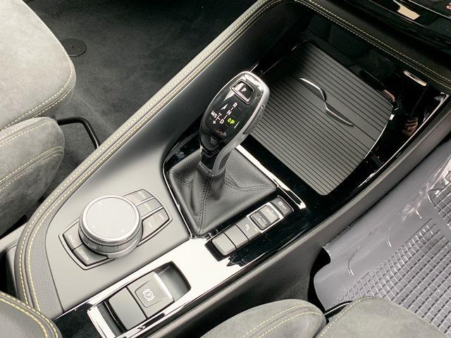 sDrive18iMスポーツX登録済未使用車LEDコンフォト(11枚目)
