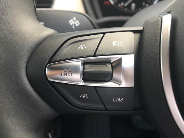 sDrive18iMスポーツX弊社デモカーACCLEDライト(17枚目)