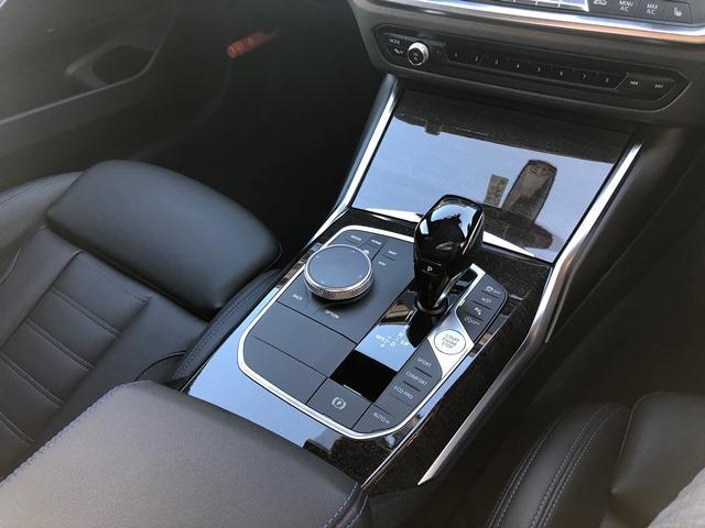 330i Mスポーツ 認定保証・デビューPKG・コンフォートPKG・トップビューカメラ・アクティブクルーズコントロール・HiFiスピーカー・純正HDDナビ・LEDヘッドライト・電動トランク・ETC・衝突軽減ブレーキ・G20(27枚目)