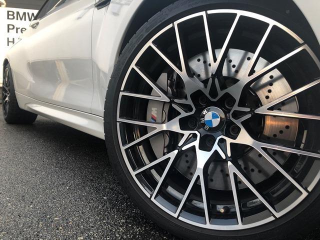 コンペティション ・全国認定保証・純正HDDナビ・ミュージックサーバ・バックカメラ・黒レザー・シートヒーター・LEDヘッドライト・ハーマンカードン・ミラーETC・パドルシフト・衝突軽減ブレーキ・F87(8枚目)
