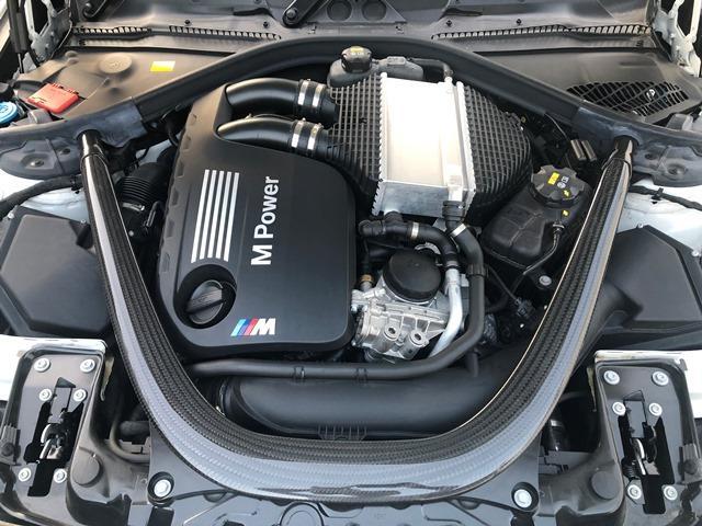コンペティション ・全国認定保証・純正HDDナビ・ミュージックサーバ・バックカメラ・黒レザー・シートヒーター・LEDヘッドライト・ハーマンカードン・ミラーETC・パドルシフト・衝突軽減ブレーキ・F87(30枚目)