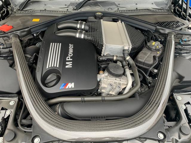 M3 ・認定保証・アダプティブMサスペンション・カーボンルーフ・黒革・シートヒーター・レーンチェンジ・レーンディパーチャーLEDヘッド・コンフォートアクセス・トランクスポイラー・ミラーETC・SOSコール(17枚目)