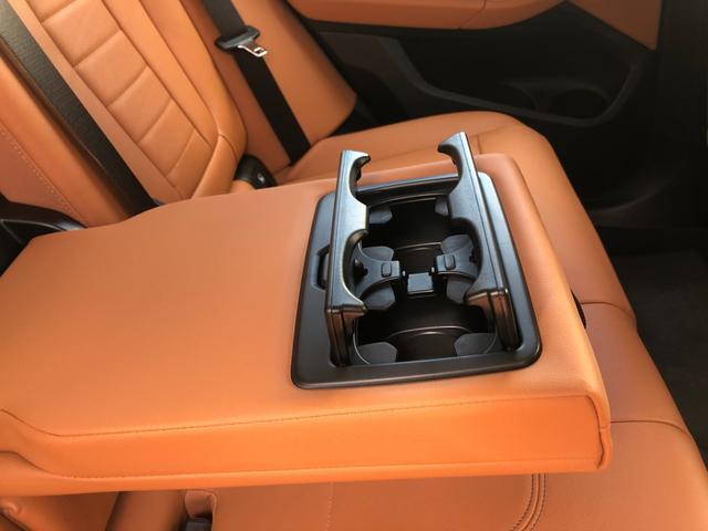 xDrive 20i Xライン ハイラインパッケージ 後期モデル・メーター液晶・コニャックレザー・純正19インチアルミ・アクティブクルーズコントロール・シートヒーター・LEDヘッドライト・全周囲カメラ・純正HDDナビ・地デジ・衝突軽減ブレーキ・G01(55枚目)