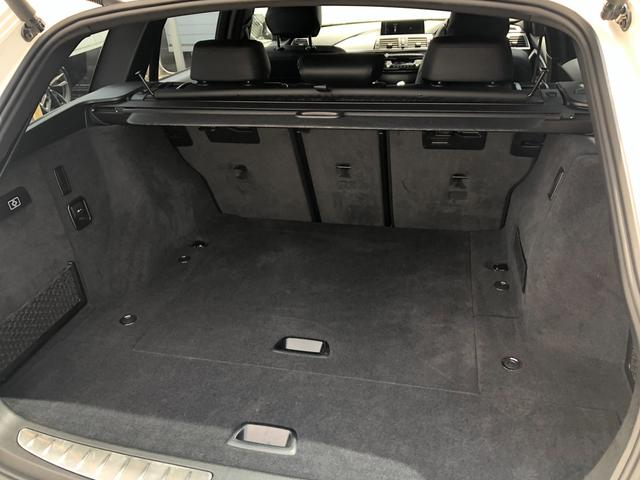 318iツーリング Mスポーツ エディションシャドー 認定保証・ワンオーナー・ブラックレザー・純正19AW・純正HDDナビ・バックカメラ・PDC・電動シート・電動リアゲート・シートヒーター・ブラックキドニーグリル・ドライビングアシスト・ETCLEDF31(9枚目)