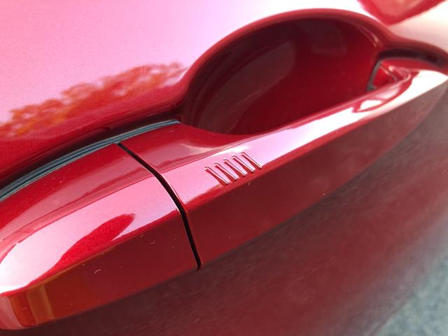 218iアクティブツアラーセレブレションEDファッシ ・認定保証・ワンオーナー・ベージュレザー・LEDヘッドライト・シートヒーター・衝突軽減ブレーキ・車線逸脱警告・純正HDDナビ・バックカメラ・電動テールゲート・Bluetooth・ミラーETC・F45(31枚目)