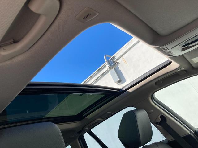 320iツーリング ラグジュアリー 認定保証・パノラマガラスサンルーフ・アクティブクルーズコントロール・ブラックレザー・シートヒーター・LEDヘッドライト・純正HDDナビ・バックカメラ・電動トランク・コンフォートアクセス・純正17AW(11枚目)