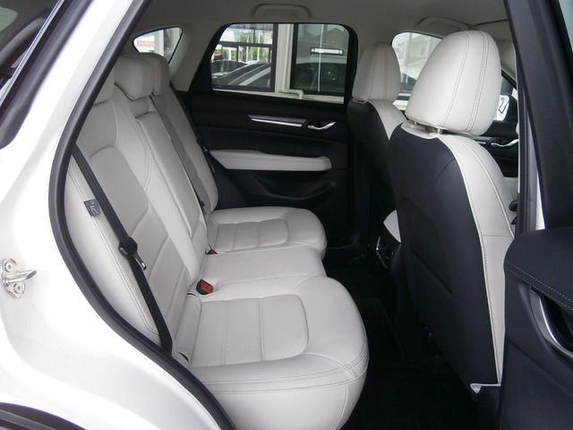 XD Lパッケージ 当社新車販売下取りワンオーナー 認定プレミアム レーダークルーズ レーンキープ 360度モニター 白革シート 19アルミ(13枚目)