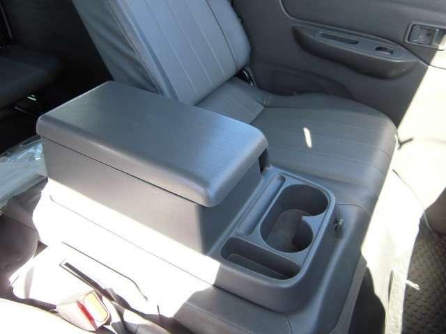 マツダ ボンゴバン 1.8 DX 低床 4WD 当社社用車アップ