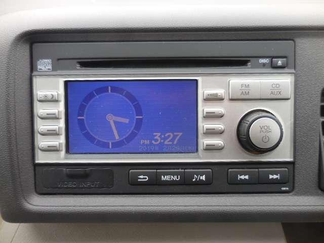 純正CDプレーヤーが付いておりますので、お好きな音楽を聴きながら、ドライブをお楽しみ下さい。