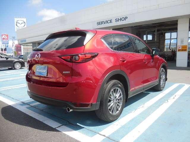 【RCTA】 駐車場などから後退で出る際などに便利! 後ろの左右から接近する車を教えてくれます。