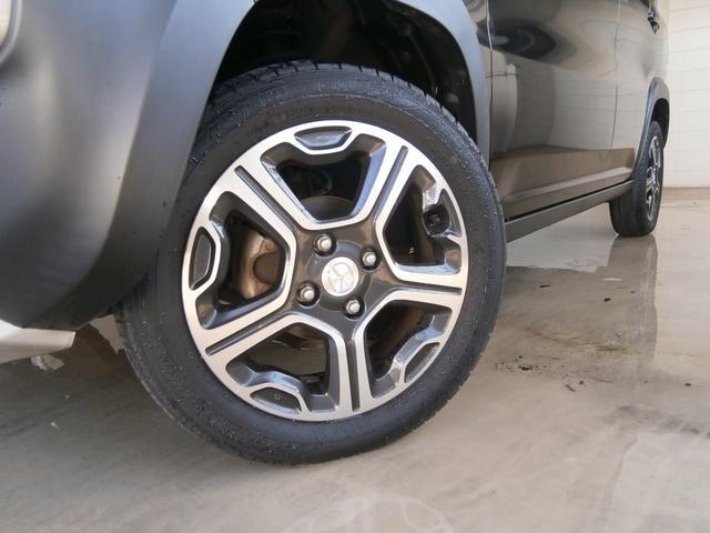 軽SUVのフレアクロスオーバーに良く似合った純正15インチアルミ。