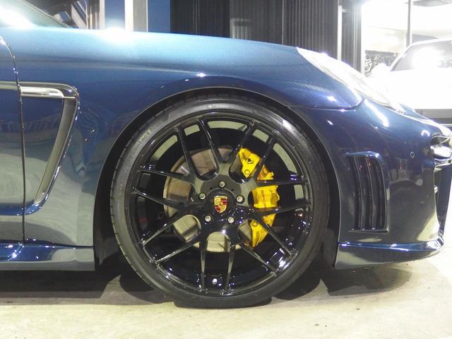 4 右ハンドル ブラックレザー EUR-GT  クルコン(11枚目)