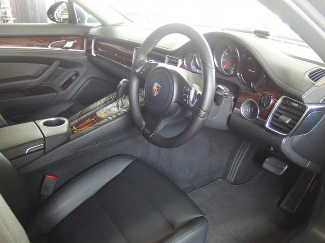 4 右ハンドル ブラックレザー EUR-GT  クルコン(14枚目)