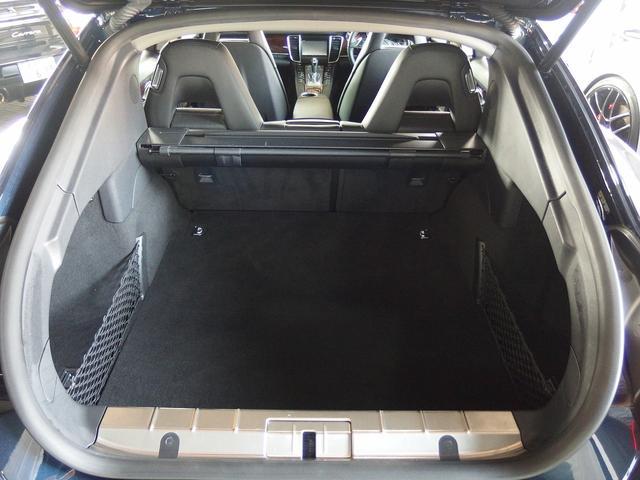 4 右ハンドル ブラックレザー EUR-GT  クルコン(19枚目)