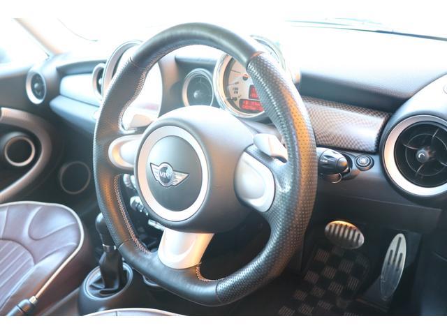 MINI MINI クーパーS クラブマン 直噴エンジン ワンオーナー車