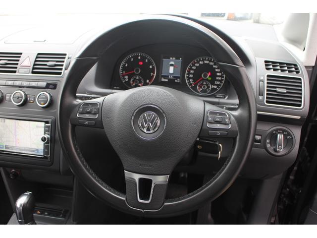 フォルクスワーゲン VW ゴルフトゥーラン TSI ハイライン 純正ナビ地デジTV バックカメラ 禁煙車