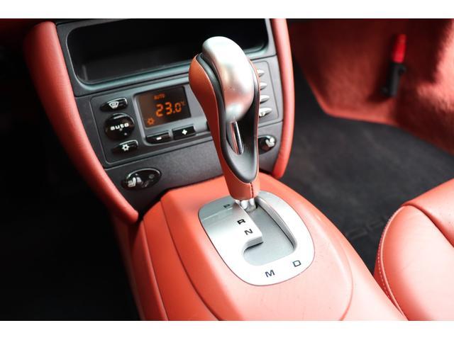 911ターボ ティプトロニックS 4WD 赤革 SR(12枚目)