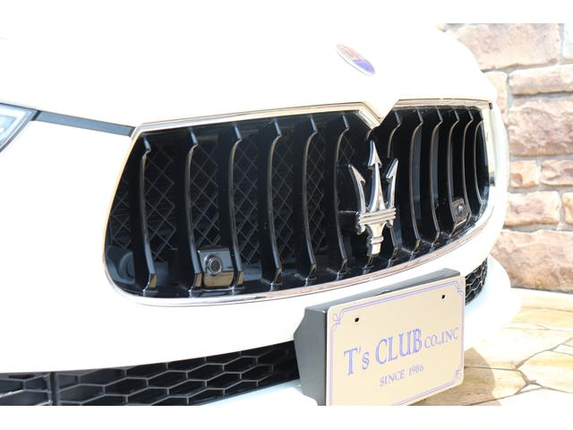 S Q4 4WD ブラックレザー ガラスSR 禁煙1オーナー(7枚目)