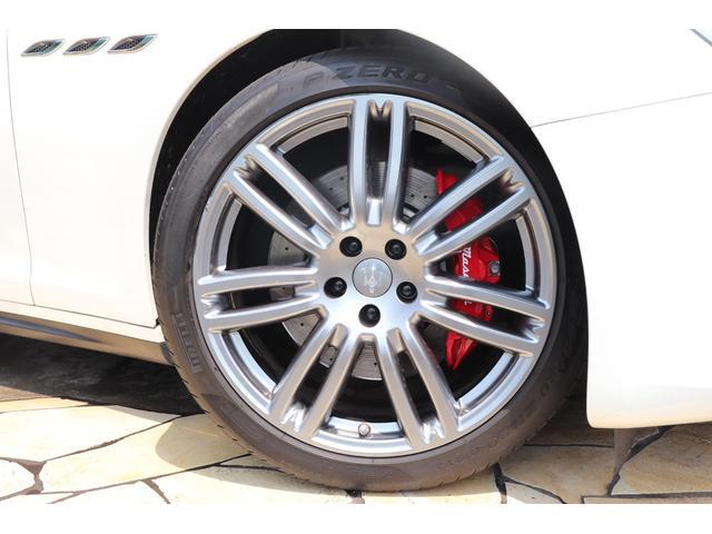 S Q4 4WD ブラックレザー ガラスSR 禁煙1オーナー(9枚目)