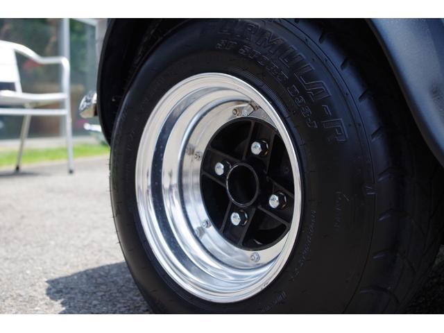 1.3 SUツインキャブ Mk1仕様 10インチ 7Jカーボンオーバーフェンダー 4ポッドキャリパー 6連センターメーター コブラシート 当店メンテナンス車(9枚目)