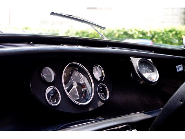 1.3 SUツインキャブ Mk1仕様 10インチ 7Jカーボンオーバーフェンダー 4ポッドキャリパー 6連センターメーター コブラシート 当店メンテナンス車(14枚目)