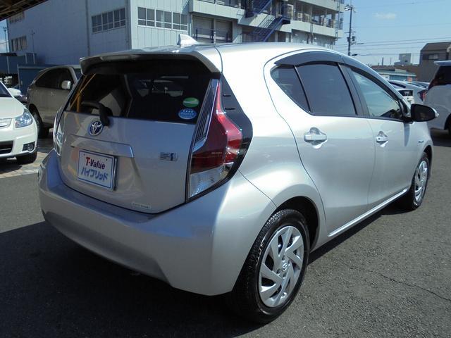 トヨタ アクア S T-Valueハイブリッド認定車